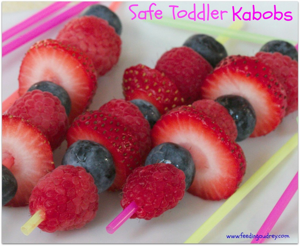 Safe Toddler Kabobs  www.redkitchenette.com