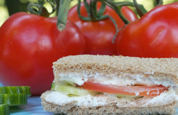 5 Ingredients or Less: Cucumber-Tomato Cream Cheese Sandwich