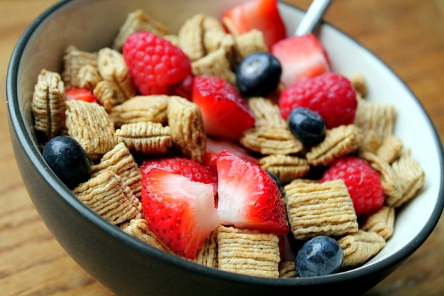 Choosing A Healthy Breakfast Cereal: Tips and Options