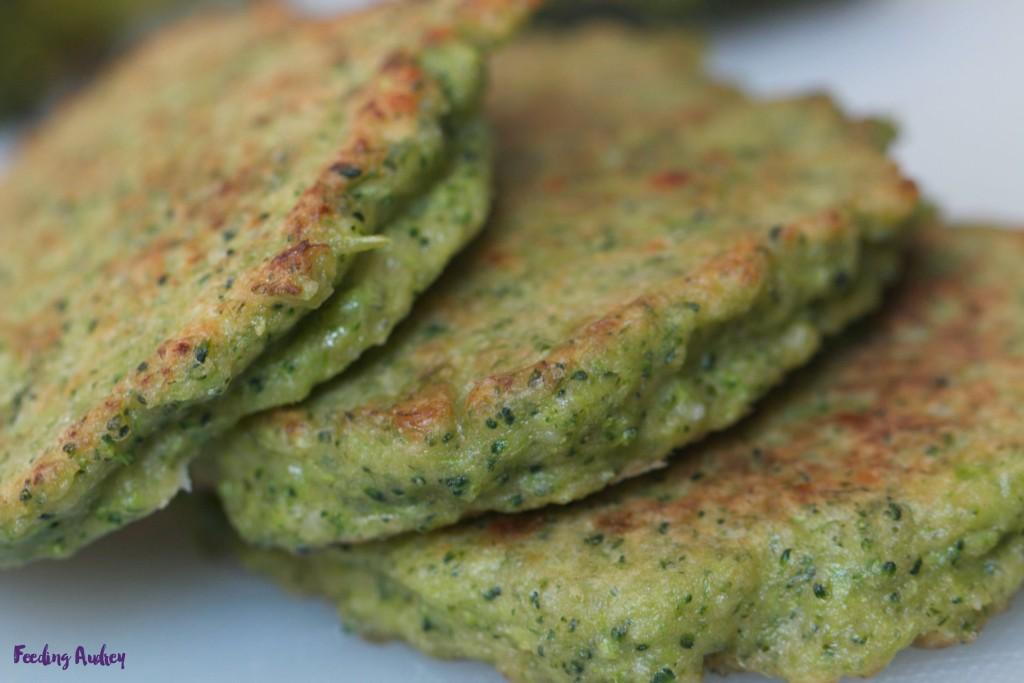 parmesan broccoli pancakes www.redkitchenette.com
