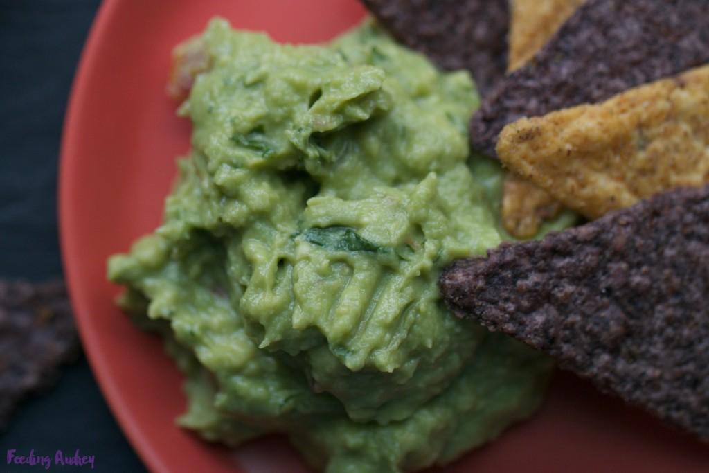 kaleamole kale guacamole www.redkitchenette.com