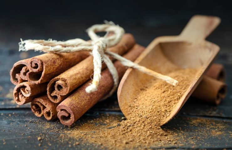 10 Healthy Holiday Spices & Sweeteners